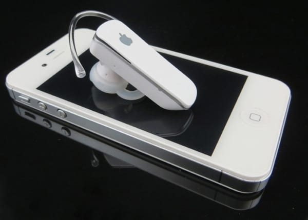 tai-nghe-bluetooth-iphone-apple