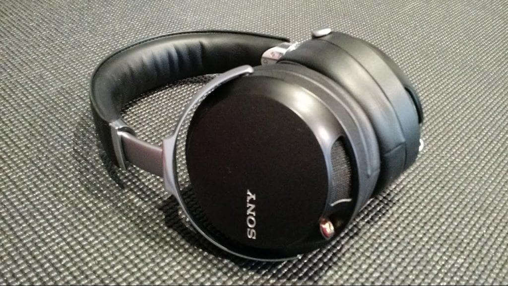 Giới thiệu về tai nghe bluetooth giá rẻ Sony Z7